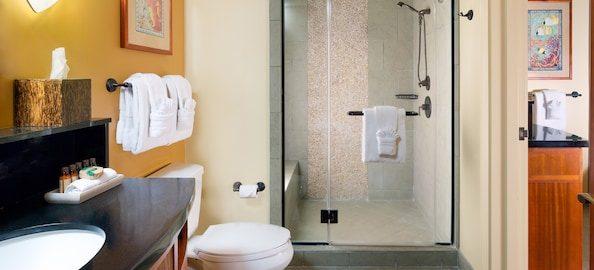 aulani 1-bedroom-villa-shower