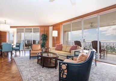 Napua Club Royal Suite Living Room