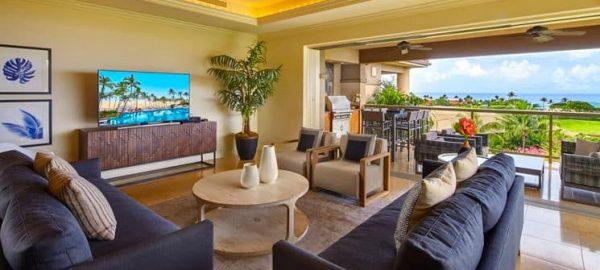 Hoolei deluxe ocean living room