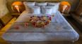 Ic Moana king bed