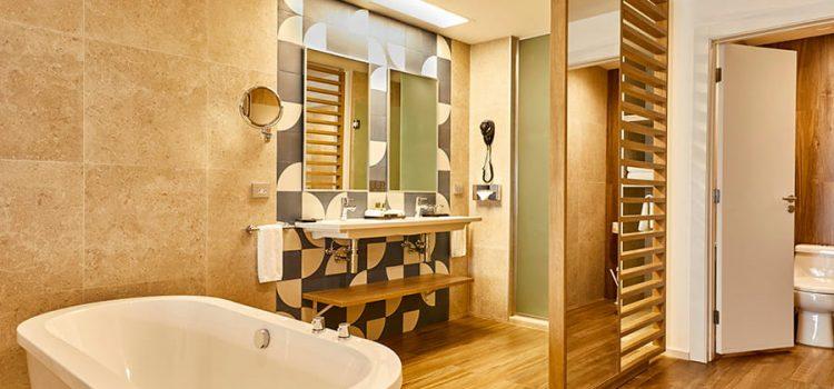 riu baja-jr suite bathroom