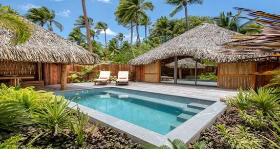 private pool Le bora