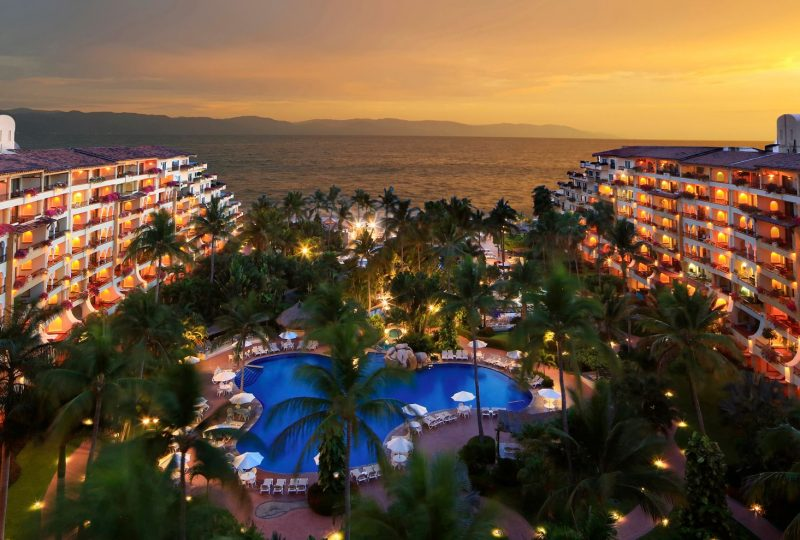 velas-vallarta-hotel-family-friendly