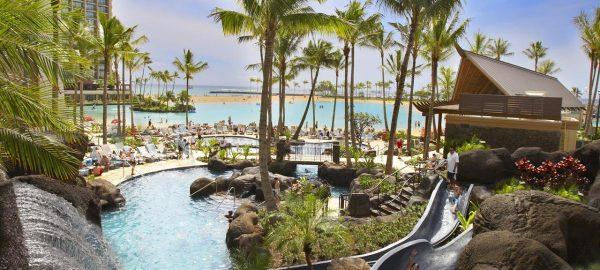 hilton hawaiian family pool