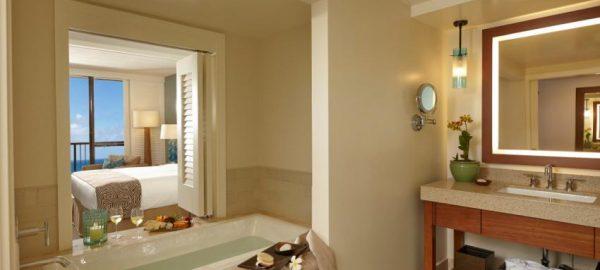 Turtle Bay Suite Bathroom