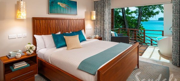 Water's Edge Hny Two-Story Butler Villa King Bed with Balcony - HBW