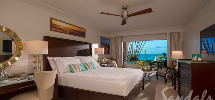 Emerald Beachfront Walkout Club Level Junior Suite w/ Patio - WEBT
