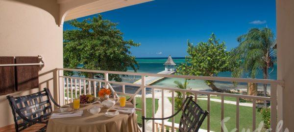 Sandals Montego Beach Hnym Club balcony-BH
