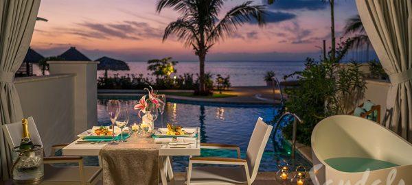 Sandals Montego Beachfront Swim-up Super Luxe One-Bedroom Butler Suite w/ Patio Dining - SB1B