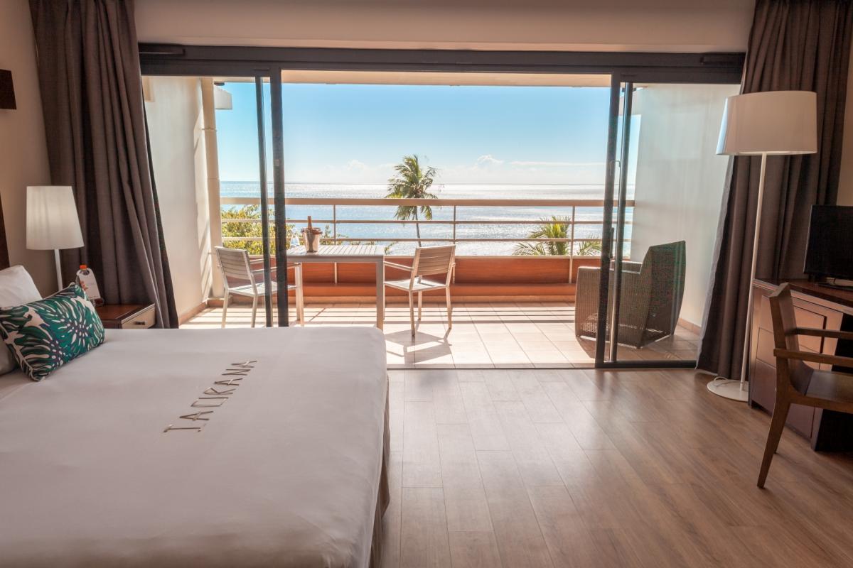 tahiti pearl premium deluxe balcony