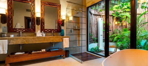 viceroy maya luxury villa bathroom