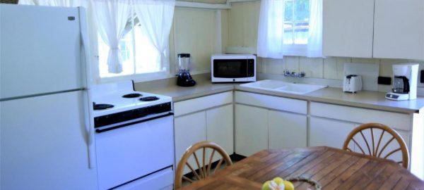 waimea cottage 1bdr ocean kitchen